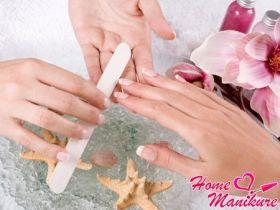 Расслабляющий spa-маникюр для идеальных ручек
