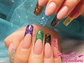 Витражные краски в дизайне ногтей