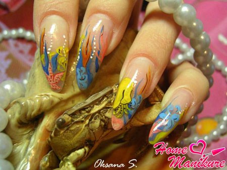 морские рисунки на ногтях
