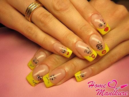 веселый желтый френч со смайликами