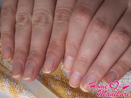 аккуратные ногти после обрезного маникюра