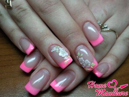акриловые цветы на розовом френче