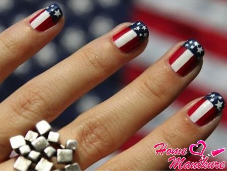 Дух Америки в дизайне ногтей