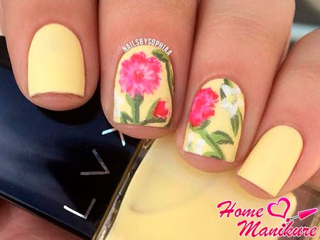 цветочные рисунки на лимонном лаке