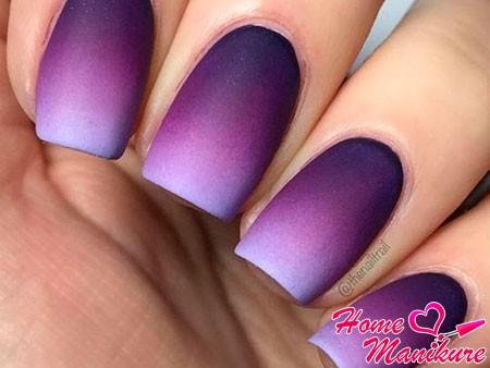 эффект омбре на ногтях