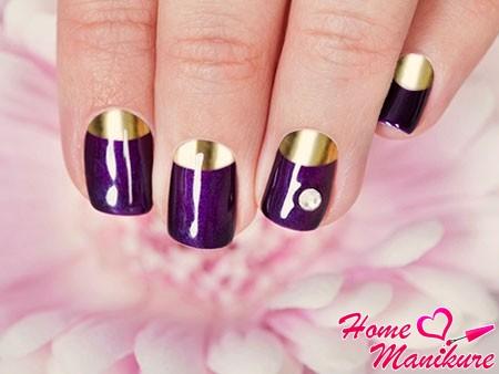 фиолетово-золотой маникюр