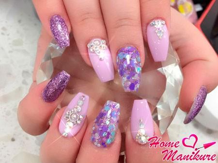 фиолетовые ногти разных оттенков