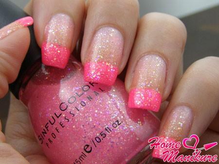 классный розовый френч с блестками