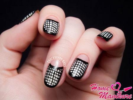клетчатый дизайн ногтей