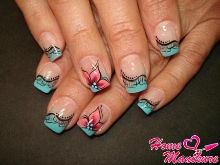 красивая композиция на ногтях в стиле нестандартного френча