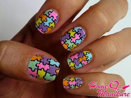 красивая мозаика на детских ногтях