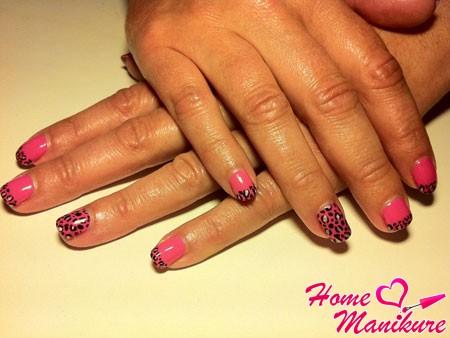 леопардовый маникюр на коротких ногтях