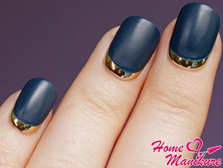 матовый дизайн ногтей в лунном стиле