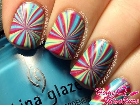 необычный узор на ногтях