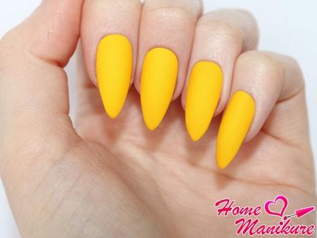 оранжевые монотонные ногти