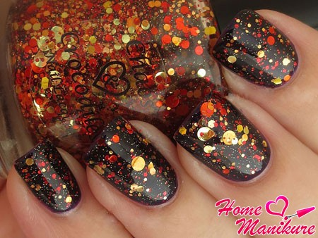 осенний дизайн ногтей с блестками