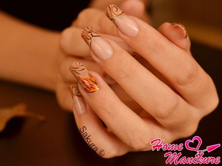 осенний френч на длинных ногтях