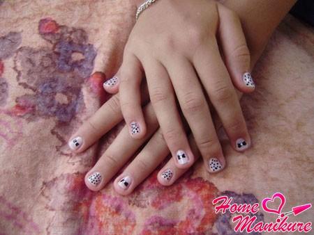 простой подростковый дизайн ногтей