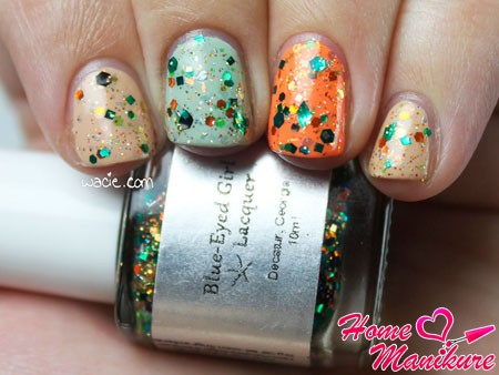 разноцветные ногти с блестками