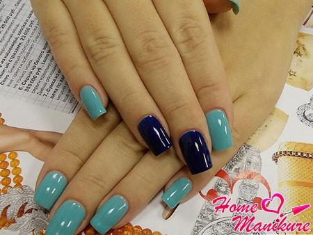сине-бирюзовый маникюр