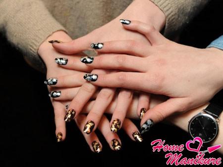 стильный дизайн ногтей осенью