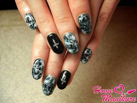 стильный дизайн ногтей с эффектом мрамора