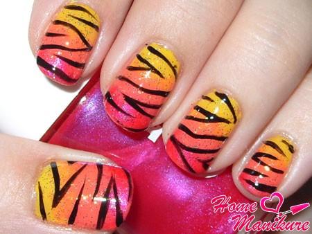 тигровый дизайн ногтей с переходом цвета