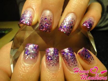 яркие ногти в стиле диско