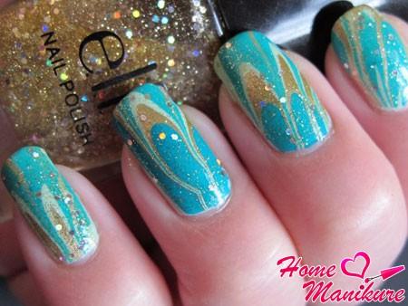 зимний дизайн ногтей с блестками