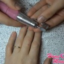 УФ лампа для сушки ногтей или LED лампа для маникюра
