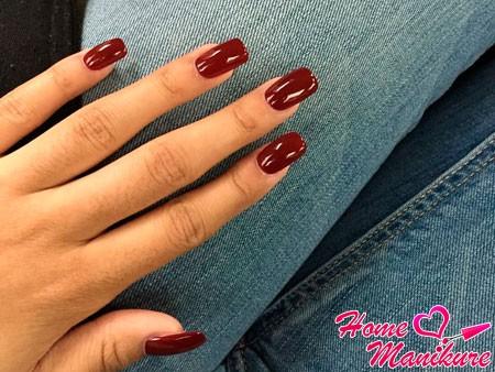 бордовые ногти шеллак