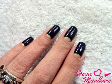 черно-золотой лунный дизайн ногтей гель лаком