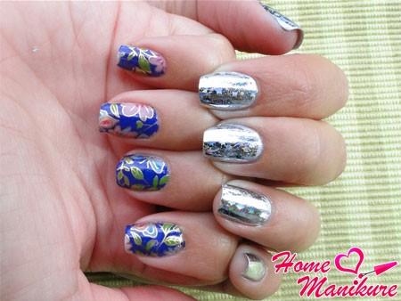 два вида переводной фольги на ногтях