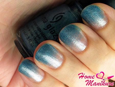 эффект градиента на ногтях лаком china glaze