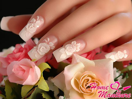 элегантная лепка на длинных ногтях