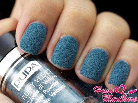 элегантный бархат на ногтях от Pupa