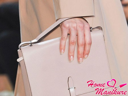 French manicure style nude