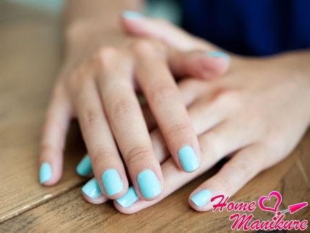 голубой пастельный цвет гель лака