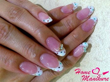 кукольный френч на овальных ногтях