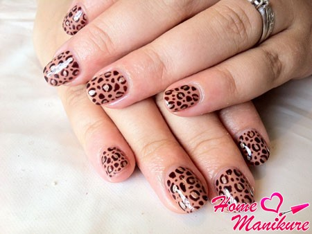 леопардовый шилак с помощью стемпинга