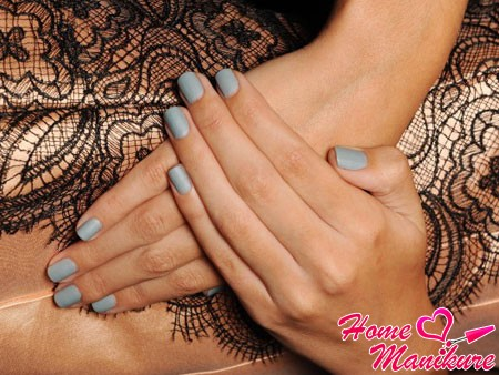 Fashion in 2014 matte nails