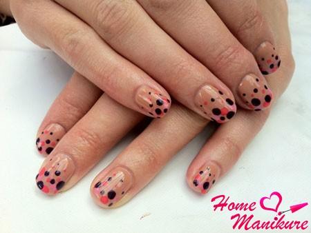модный и стильный дизайн ногтей shellac