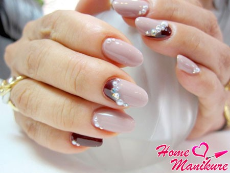 fashion moon nail art with rhinestones