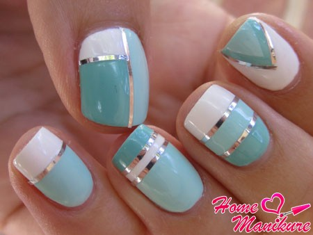 trendy nail art with strips of silver foil