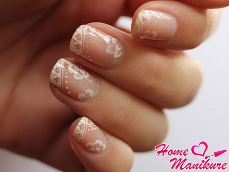 нежные рисунки на ногтях пастельного цвета