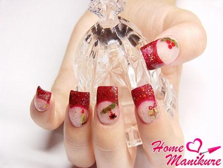 новогодний дизайн ногтей в красно-золотых тонах