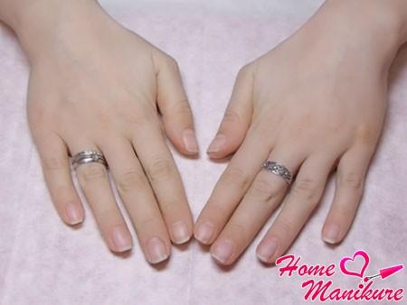 очищенные от покрытия shellac ногти