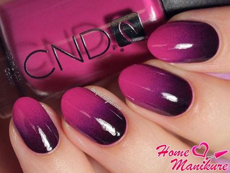 плавный переход цвета на ногтях