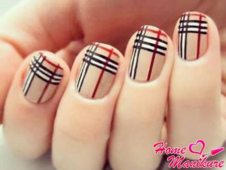 striped nails trend in 2014