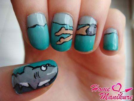 прикольная композиция на ногтях с акулой